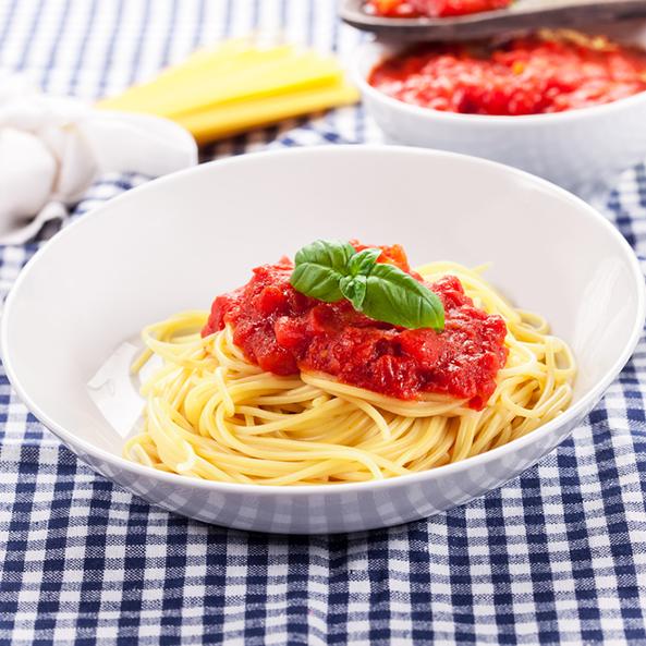 Siciliya spagettisi - tunes balıqlı İtalyan makaronu