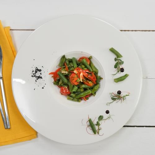 Pomidoru və şüyüdlü yaşıl lobya