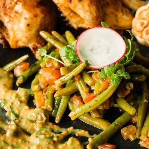 Пиле със зелен фасул и горчица