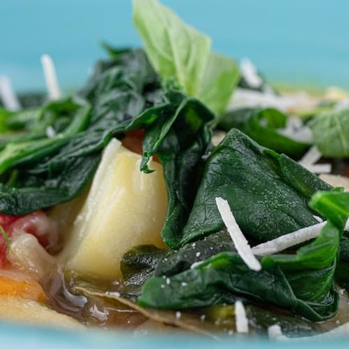 Supă minestrone cu spanac