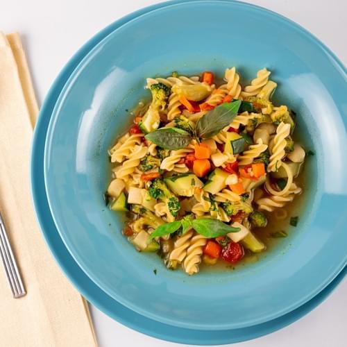 Supă minestrone cu broccoli