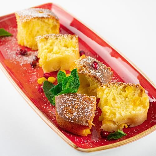 Prăjitură cu porumb dulce și mălai