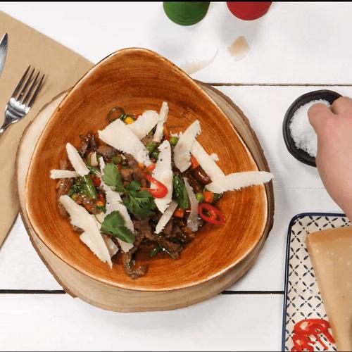 Тальята з яловичиною і овочами по-мексиканськи